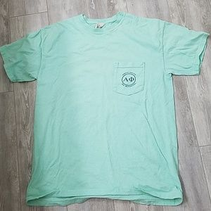 Alpha Phi uncw short sleeve T like new